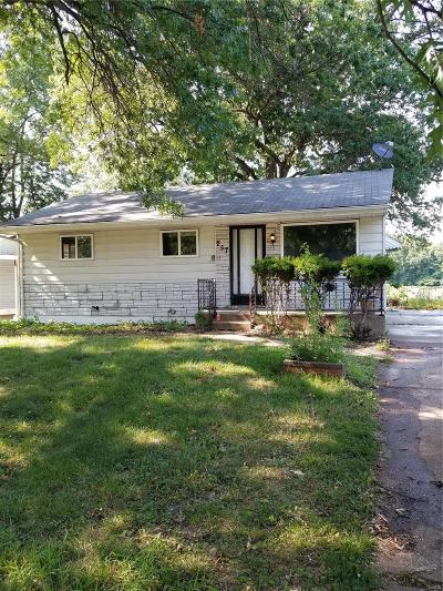 St Louis County Single Family Home For Sale: 257 Glen Garry