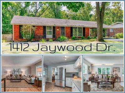 St Louis Single Family Home For Sale: 1412 Jaywood Drive