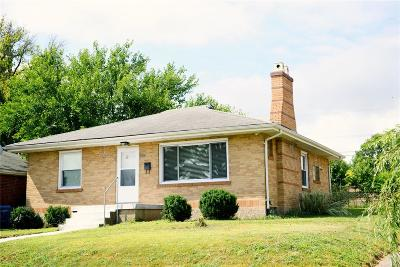 Mehlville Single Family Home For Sale: 640 Cumberland Dr