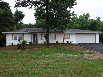 House Springs MO Single Family Home For Sale: $165,900