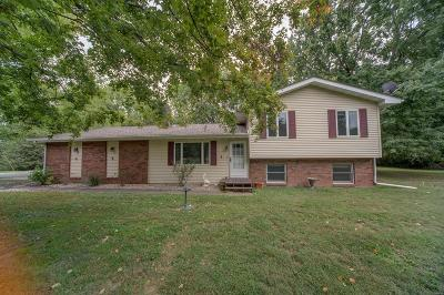 St Jacob Single Family Home For Sale: 564 Walnut Road