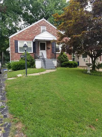 Single Family Home Contingent Short Sale: 5836 Staely Avenue
