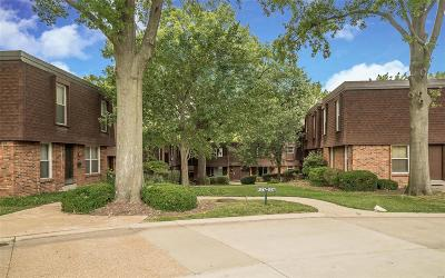 Chesterfield Condo/Townhouse For Sale: 13579 Coliseum #D