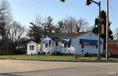 Godfrey Commercial For Sale: 700 Taylor Avenue