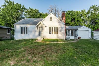 Fairview Heights Single Family Home For Sale: 428 Wilson Lane