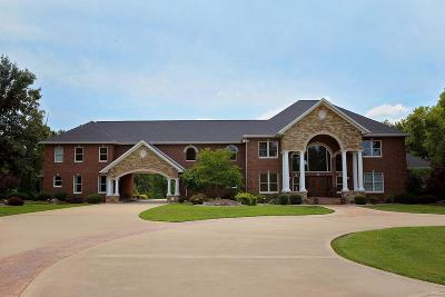Single Family Home For Sale: 6993 West Drive