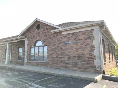 Commercial Lease For Lease: 4010 North Illinois #D