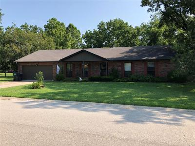 Belleville Single Family Home Contingent No Kickout: 312 Flagstone Drive