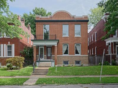 St Louis City County Single Family Home For Sale: 617 Dover Place
