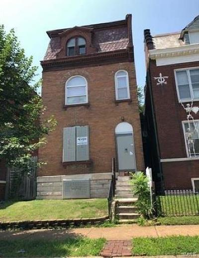 St Louis City County Single Family Home For Sale: 3451 Oregon Avenue