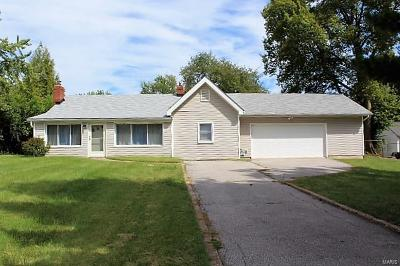 Single Family Home Contingent No Kickout: 4731 Theiss Road