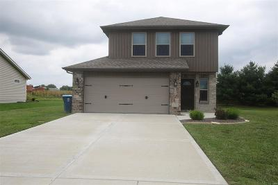 St Jacob Single Family Home For Sale: 208 Olyvia