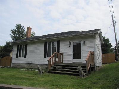 Belleville Single Family Home For Sale: 18 Creston Drive