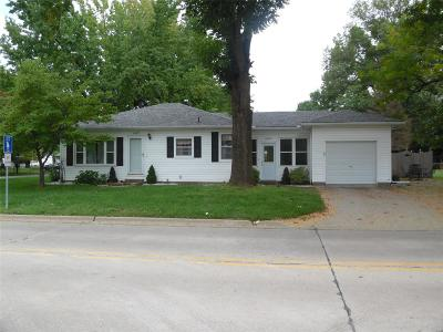 Swansea Single Family Home For Sale: 1407 Morgan Street