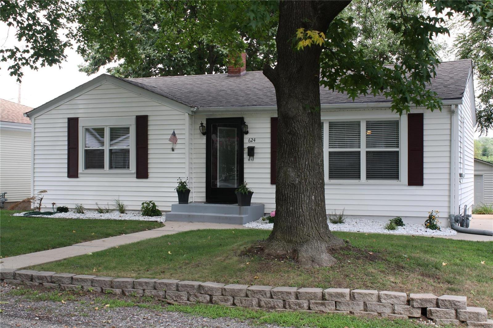 624 North Briegel Columbia Il Mls 18071229 Columbia Homes For