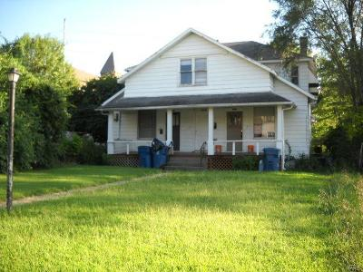 Alton Multi Family Home For Sale: 1019 6th Street