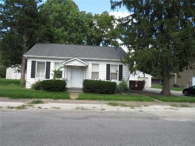 Mascoutah Single Family Home For Sale: 817 West Church Street