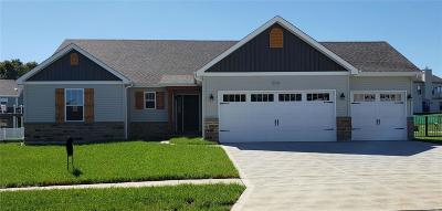 Wentzville Single Family Home For Sale: 816 Mule Creek Dr.