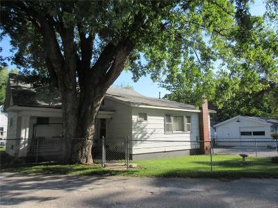 Hannibal MO Single Family Home For Sale: $44,900