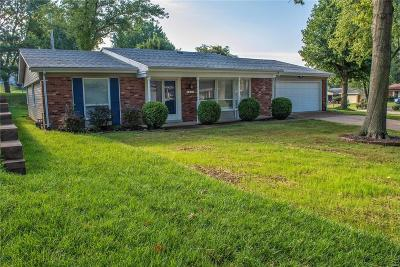 St Louis Single Family Home For Sale: 4852 Danebury