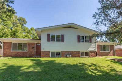 Belleville Multi Family Home For Sale: 1308 Express Drive