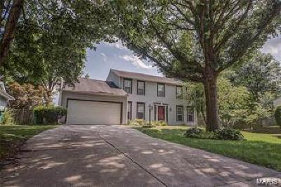 O'Fallon Single Family Home For Sale: 1013 Woods Way