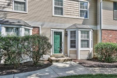 ST CHARLES Condo/Townhouse Contingent No Kickout: 1749 Florine Boulevard