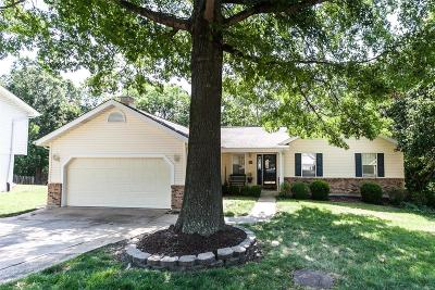 Fenton MO Single Family Home For Sale: $269,900