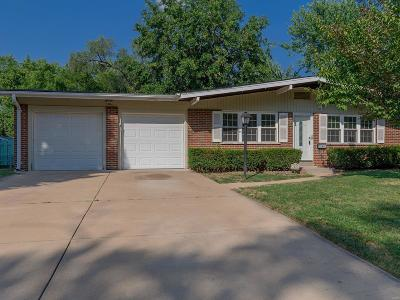 Single Family Home For Sale: 2405 Palomino Lane