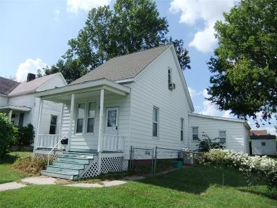 Belleville Single Family Home For Sale: 613 Saint Clair Avenue