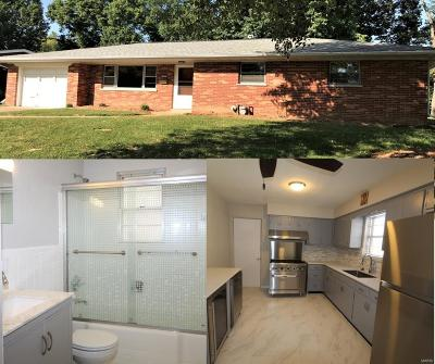 Belleville IL Single Family Home For Sale: $107,000