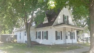 Jerseyville Multi Family Home For Sale: 327 East Prairie