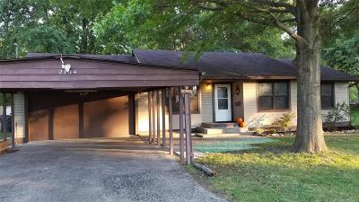 Belleville Single Family Home For Sale: 2104 East A Street