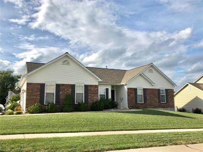 St Charles County Single Family Home For Sale: 321 Thoreau Boulevard