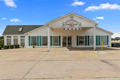 Commercial For Sale: 1617 South Main Street