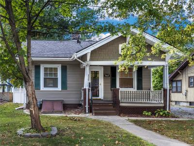 Edwardsville Single Family Home For Sale: 851 Madison Avenue
