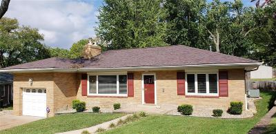 St Louis Single Family Home For Sale: 15 Willmore Road