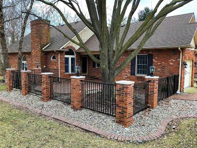 Edwardsville Single Family Home For Sale: 15 Eagle Court