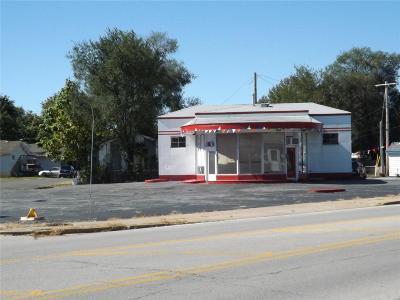 East Alton Commercial For Sale: 514 East Saint Louis Avenue