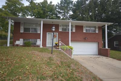 Belleville IL Single Family Home For Sale: $129,900