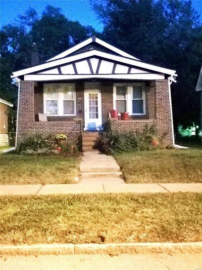 St Louis Single Family Home For Sale: 8622 Trafford Lane