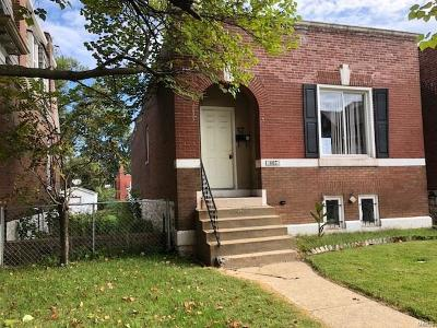 St Louis Single Family Home For Sale: 807 Bates