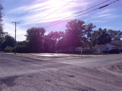 Commercial For Sale: 401 W. 1st South St.