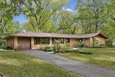 Olivette Single Family Home For Sale: 706 Lantern Lane