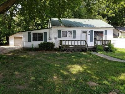 Edwardsville Single Family Home For Sale: 3127 Sand