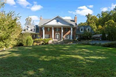 Wildwood Single Family Home For Sale: 3601 Hollow Hills Court