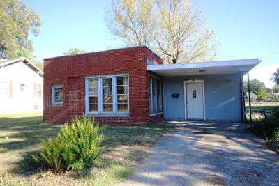 Granite City Single Family Home For Sale: 2708 Washington Avenue
