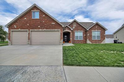 Wentzville Single Family Home For Sale: 745 Chancellorsville Drive