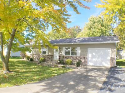 Monroe City, Paris, Perry, Stoutsville, Center, New London, Vandalia Single Family Home For Sale: 526 Lawn Street