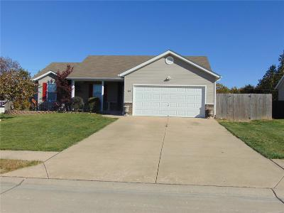 Warrenton Single Family Home For Sale: 820 Warrior Ridge Court